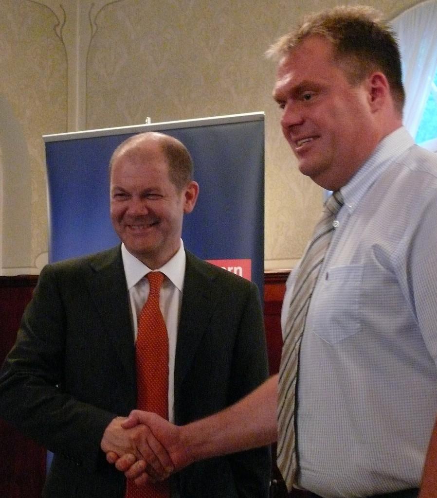 Olaf Scholz und Matthias Döhla